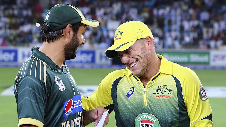 SocioFab - Afridi and Maxwell enjoying a moment!