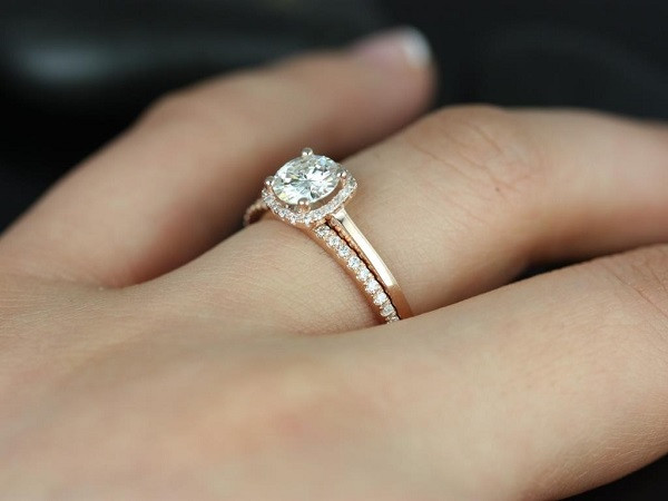 Diamond-ring1_SocioFab